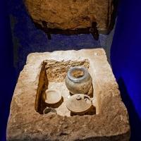Archeonorico_römische Steinkiste